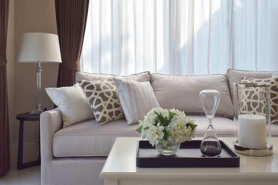 для домашних хозяев это самый лучший (и самый плохой) материал для дивана